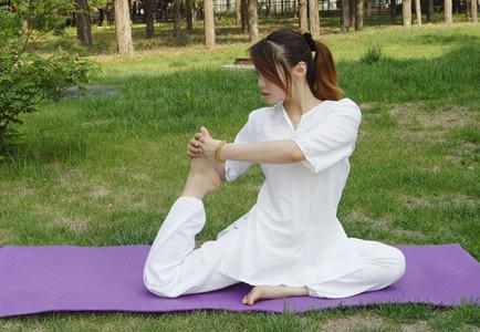 瑜伽瘦腿的小技巧