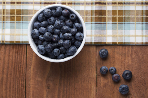 多吃蓝莓有效预防高血压